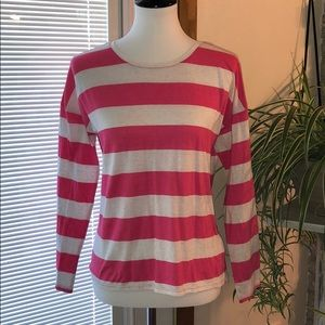 Old Navy Relaxed Long Sleeve Tee